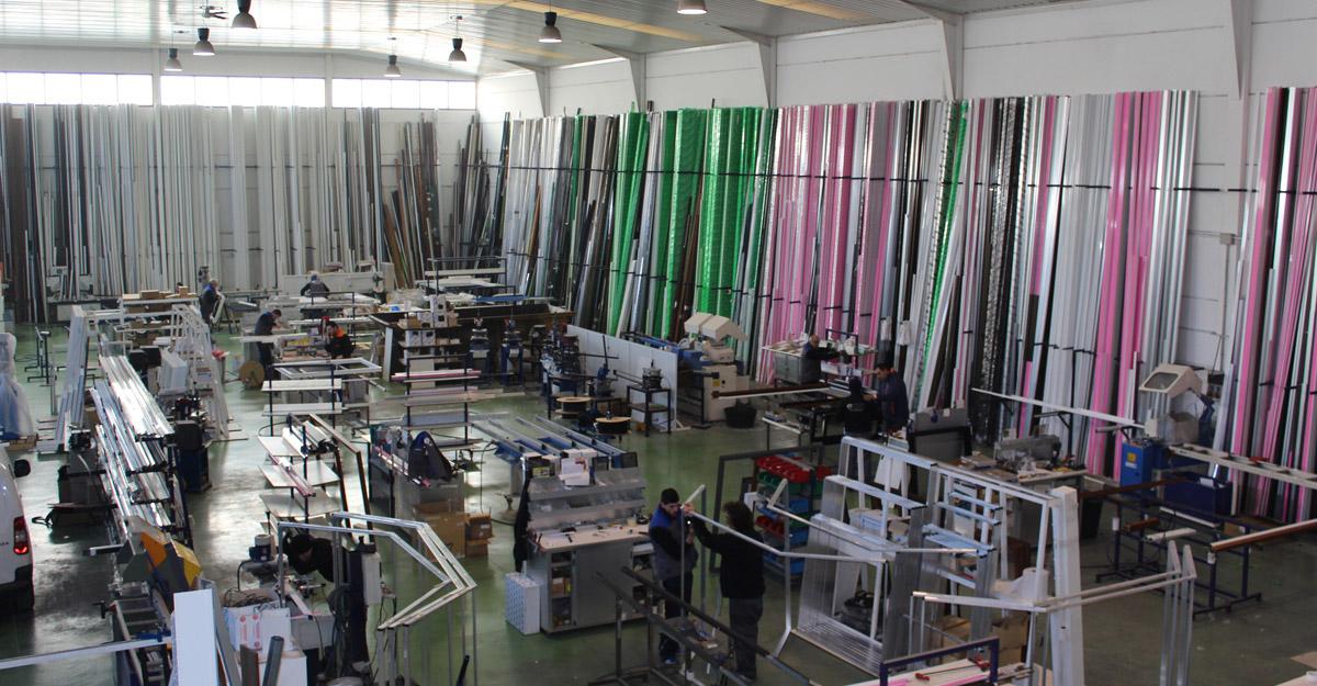 Fabrica de aluminio y pvc en madrid for Fabrica de aberturas de aluminio